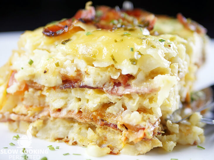 Slow Cooker Breakfast Casserole with Hash Browns