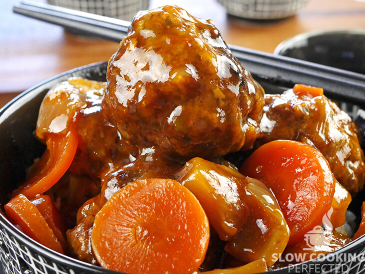 Slow Cooker Sweet and Sour Meatballs with Pineapple