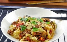 Delicious Slow Cooker Bolognese Sauce