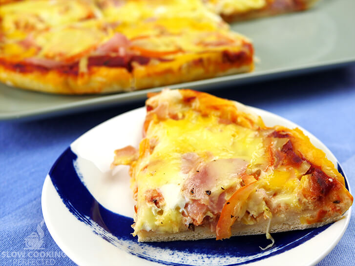 Ham, Tomato, and Egg Breakfast Pizza