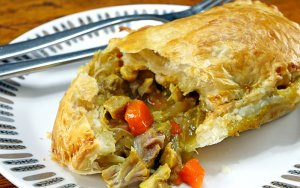 Slow Cooker Chicken Curry Pie
