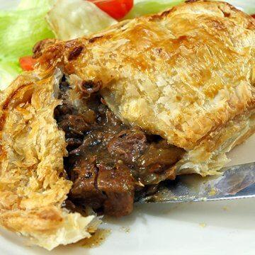 Slow Cooker Steak Pie