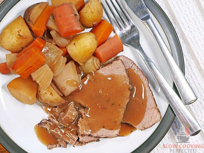 Pot Roast from the Slow Cooker with Gravy