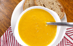 Slow Cooker Carrot and Ginger Soup