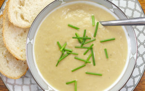 Slow Cooker Potato and Leek Soup